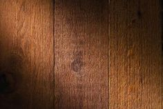Painting rough wood Liquidlibrary/liquidlibrary/Getty Images
