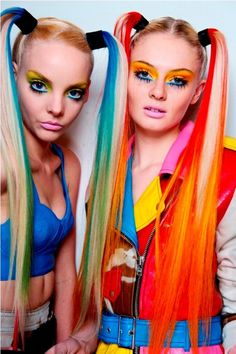Funky hairstyle is the best reflection for strong personality and also romantic look.If You wanna give you a complete new look in 2018 you should try Funky Hairstyle, here you will get 20 funky hairstyles to get younger and stylist look. Hair Rainbow, Neon Rainbow, Rainbow Brite, Jeremy Scott, Steam Punk, Rave Hair, Multicolored Hair, Colorful Hair, Gemini Woman
