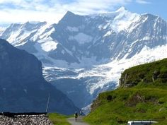 #Eiger Ultra Trail 2013. #Switzerland #Alps:  http://laufspass.com/laufberichte/2013/eiger-ultra-2013.htm