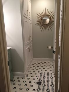 Love this bathroom with bedrosians 39 tile from hgtv 39 s for Bathroom remodel jackson ms