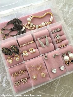 Great DIY jewelry box (jewelry holder) using organizer box . - Women's Jewelry and Accessories-Women Fashion Diy Jewelry Holder, Jewelry Box, Jewelery, Jewelry Drawer, Diy Organizer, Jewelry Organization, Jewellery Storage, Jewellery Display, Jewellery Organizer Diy