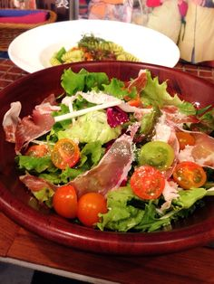 Bistro cosicosi❤︎ Today's Dinner❤︎ date❤︎2015.4  ⋈生ハムシーザーサラダ ⋈ホタルイカのフィジリ ジェノベーゼソース  #ビストロコジコジ