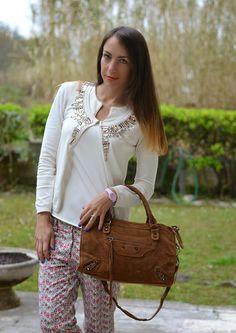 cardigan bianco pietre applicate - suede balenciaga inspired bag