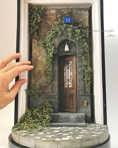 Dollhouse Miniature Scene By Hiromini Fuji Vitrine Miniature, Miniature Rooms, Miniature Crafts, Miniature Houses, Miniature Furniture, Dollhouse Furniture, Clay Art Projects, Free To Use Images, Fairy Doors