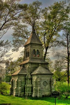 Allegheny Cemetery Mausoleum by lastplacelosers, via Flickr