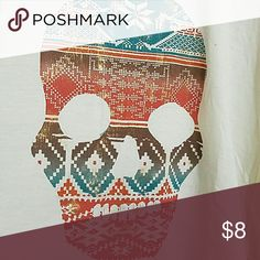 Tribal metallic skull tee Light weight cream tee with metallic tribal skull and split back. Great for summer and fall Daytrip Tops Tees - Short Sleeve