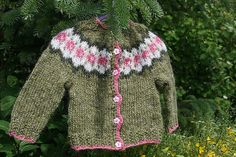 Ravelry is a community site, an organizational tool, and a yarn & pattern database for knitters and crocheters. Knitting For Kids, Baby Knitting, Sweater Patterns, Children In Need, Knits, Ravelry, Knit Crochet, Baby Kids, Men Sweater