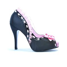 Um, yeah. #pink #shoe