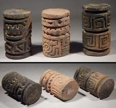 Pre-Columbian Ecuador Jamacoaque Sello Roller Stamp Seals Ancient Egyptian Art, Ancient Aliens, Ancient History, European History, Ancient Greece, Arte Tribal, Tribal Art, Indian Ceramics, Colombian Art