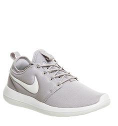 8ca56b57a73 Nike Roshe Two Light Bone Light Iron Ore Summit White - junior