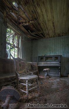 Twin Oaks Methodist Church - fine art photographs by Matthew Christopher Murray of abandoned america
