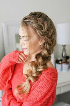 Side Braids For Long Hair, Side French Braids, Braid To The Side, Braids For Prom, One Sided Braid, Best Braid Styles, Short Hair Styles, Different Braid Styles, African American Braided Hairstyles