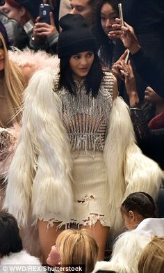 Kanye West recruits Naomi Campbell to showcase Yeezy Season 3 | Daily Mail Online