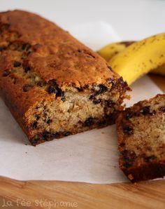 Délicieux banana bread vegan, sans aucun produit d'origine animale, sans beurre, lait ou soja, si simple et vite préparé qu'il serait bien dommage de ne pas en préparer!