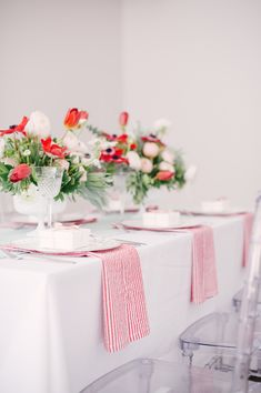 Brklyn View Photography, Planning by Color Pop Events, Event Design by Lindsey Brunk, Florals by Lindsay Rae Design