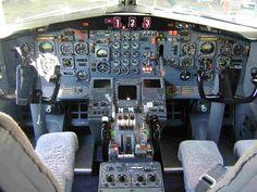 Boeing 727-200 Cockpit