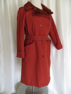 Vintage womens orange coat size L 70s by GabriellasTreasures, $25.00