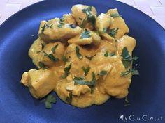 Bocconcini di pollo al curry con Cuisine e i-Companion Moulinex - http://www.mycuco.it/cuisine-companion-moulinex/ricette/bocconcini-di-pollo-al-curry-con-cuisine-e-i-companion-moulinex/?utm_source=PN&utm_medium=Pinterest&utm_campaign=SNAP%2Bfrom%2BMy+CuCo