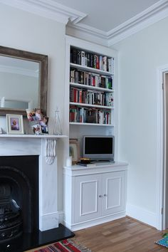 Alcove fitted cupboards and bookshelves design ideas. Explore our range of bespoke built-in cabinets, bookcases, floating shelves and other fitted furniture Alcove Cupboards, Built In Cupboards, Built In Desk, Built In Bookcase, Bookcases, Alcove Bookshelves, Book Shelves, Tv Cabinets, White Cabinets