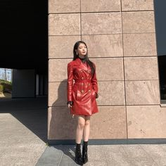 Hotel Del Luna is a series that has featured amazing jaw dropping fashion. All worn by the hotel's CEO Jang Man-wol. Read about Man-Wol Outfits here. Leather Trench Coat, Leather Skirt, Leather Jacket, Men's Leather, Checkered Suit, Luna Fashion, Off White Dresses, Satin Shorts, Mode Chic