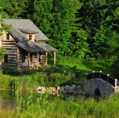 A cabin in the country.Oh how I wish...I could live here easily...