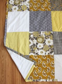 Square Patchwork Quilt DIY - Smile And Wave