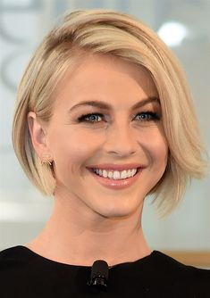 Most Beautiful Short Celebrity Hairstyles 2016 Image Short Hairstyles For 2016 Celebrity Inspired Modern Haircuts Cute Hairstyles For Short Hair, Short Hair Cuts, Bob Hairstyles, Black Hairstyles, Modern Short Hairstyles, Curly Short, Long Pixie, Pixie Haircuts, Pixie Cuts