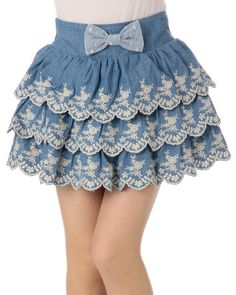 So if you´re a big Liz Lisa fan you might already know that they´ve just released their spring collection (at least some of it). Kawaii Fashion, Lolita Fashion, Cute Fashion, Fashion Styles, Retro Outfits, Kids Outfits, Cute Outfits, Cute Clothes Tumblr, Japanese Fashion