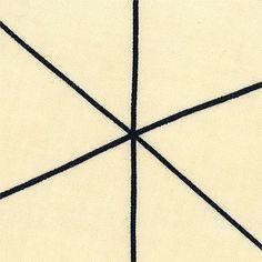 Viskose Stoff. Farbe: Sand Dreiecke / Linien von Stoff & Stil. Kann man hübsche Hipster-Blusen draus machen.