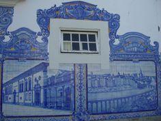 Window with Portuguese tiles (Aveiro-Portugal)