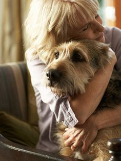 Learn 9 things never to say to someone who's lost a a #pet.