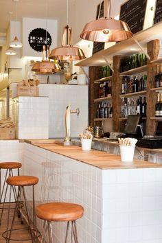 Bocadillo de jamón y champán, el bareto más hipster de todo Madrid