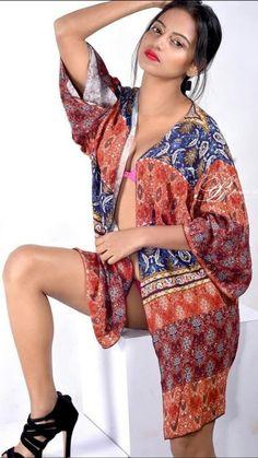 Insta Models, South Actress, Saree Styles, Hottest Photos, Saree Blouse, Desi, Boobs, Kimono Top, Sari Blouse