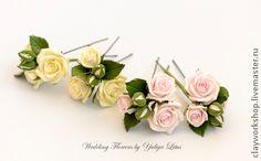 Цветы в прическу. Ручная работа. Веточка садовой розы.    Цветы выполнены из полимерной глины Deco.    Цветы очень легкие и прочные.    Возможно крепление на зажиме или шпильке.