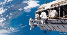 Video Inercial: La belleza de nuestro Planeta Tierra vista desde el espacio. Imagenes transmitidas por la #NASA 24 Horas. #Video #Comparte!!...