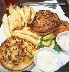 The only thing that should be crabby on this rainy Tuesday is our crabcake    #little #diner #NY #NewYork #newcity #rainy #rainydays #rainyday #relax #breakfast #brunch #lunch #dinner #dessert #food #foodie #fresh #foodporn #eat #drinks #crab #crabcakes #seafood #fries #Frenchfries #pickle #hungry #lunchtime #family #cake
