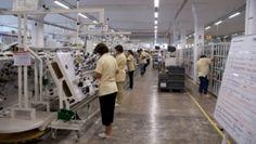 14 clujeni, angajati ai unei fabrici, transportati la spital in timpul programului: Au inhalat ceva pe drum sau erau obositi