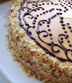 Шоколадный торт со сливочным кремом со сгущёнкой. Обсуждение на LiveInternet - Российский Сервис Онлайн-Дневников