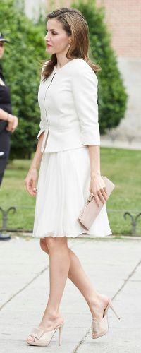 """19 Jun 2017 - Queen Letizia attends """"El arte de educar"""" program at Prado Museum"""