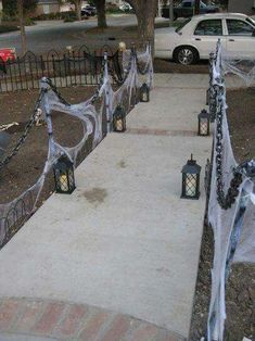 Amazing DIY Halloween Outdoor Decorations Ideas You Should Try ✓ - Steadily yow will discover these at no cost or an amazing low cost. With these concepts you'll be ready to impress a lot because the bravest of visitors. Halloween Prop, Diy Halloween Projects, Outdoor Halloween Parties, Halloween Outside, Halloween Designs, Halloween Party Decor, Spirit Halloween, Halloween Yard Ideas, Diy Outdoor Halloween Decorations
