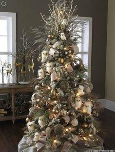 10 Tips to Decorate Christmas Tree | Decorazilla Design Blog