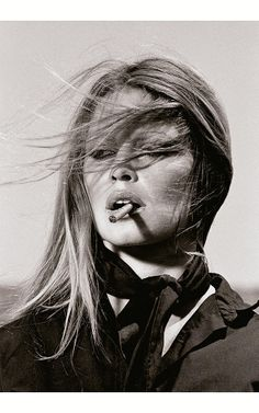 Brigitte Anne-Marie Bardot is former French actress, singer and fashion model. One of the best known sex symbols of the and Bardot photographed by Terry Bridget Bardot, Brigitte Bardot, Looks Black, Black And White, Brian Duffy, Fashion Fotografie, Terry O Neill, Foto Portrait, Deneuve