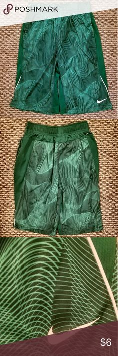 Nike Athletic Shorts Nike Athletic Shorts, Youth Large in Excellent, Used Condition Nike Bottoms Shorts