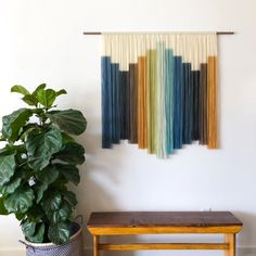 Textile Wall Hangings For Adding Vintage Style To Your Home - Synonymous With S Boho Decor Textile Wall Hangings Are Currently Having A Major Trend Revival However Contemporary Textile Artists Arent Just Creating Throw Back Renditions Th Macrame Wall Hanging Diy, Hanging Wall Art, Wall Hangings, Macrame Mirror, Weaving Wall Hanging, Macrame Curtain, Macrame Bag, Macrame Knots, Tapestry Wall Hanging