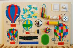 Occupé le Conseil « Ballons », activité Conseil, Conseil sensoriel, Montessori jouet éducatif, jouet en bois, Fine planche de motricité pour les tout-petits et les bébés