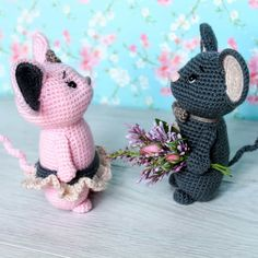 Make your day joyful with this sweet crochet mouse couple! It will be a cute gift, decoration or accessory for wedding or anniversary.