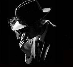 Hollywood Gangster Films of the and film noir style portrait ♠ ༻*ŦƶȠ*༺ ♠ Film Noir Photography, Low Key Photography, Modern Photography, Portrait Photography, Black And White Portraits, Black And White Photography, Film Noir Fotografie, Detective Aesthetic, Detective Agency