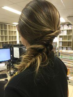 Inversed Messy fishtail braid