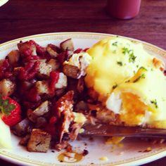 Meander's Way Cafe in West Seattle West Seattle, Nom Nom, Vegetarian, Ethnic Recipes, Kitchen, Food, Cooking, Meal, Essen