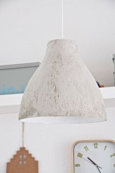 DIY Concrete lamp I got this great idea for pimping my old Ikea lamp from Pinterest and I wanted to try it myself. A DIY concrete lamp above the girls desk #ConcreteLamp